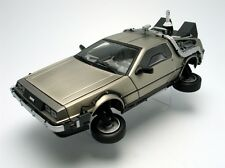 SUNSTAR 1/18 DE LOREAN DMC 12 - Back to the Futur II 2710