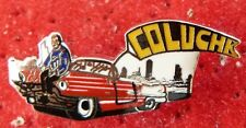 PIN'S THEATRE SPECTACLE COLUCHE VOITURE AMERICAINE BASE ARGENT