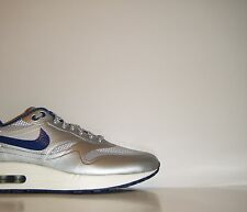 2013 Nike Air Max 1 Hyperfuse Night Track QS 7.5 Silver Blue Trainer 633087-004