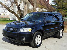 Ford: Escape Hybrid LIMITED AWD 4WD! FULLY LOADED!