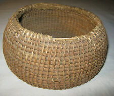 ANTIQUE PRIMITIVE COUNTRY FARM HOUSE INDIAN WOVEN BEEHIVE STRAW WOOD ART BASKET