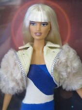 New in box VERSUS VERSACE Barbie