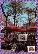 Carte Postale - Paris - Montmartre la place du tertre et ses parasols