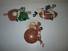 BURWOOD PRODUCTIONS VINTAGE 1991 PLASTIC SPORTS WALL PLAQUES DECORATIONS SET/3