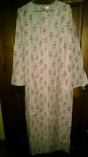 Victoria's Secret Pink Floral SZ. LARGE Long Robe cover up night gown cover NEW!