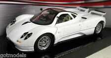 Motormax 1/24 Scale 73272 Pagani Zonda C12 White Diecast model car