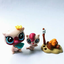Littlest Pet Shop LPS In The City Mom & Baby Otter Vista & Pip Lutro Figures Toy