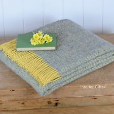 STUNNING HERRINGBONE PURE NEW WOOL THROW Sofa Bed Blanket LIGHT GREEN & GOLD