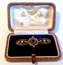 Antiguo ORNAMENTADO ORO 15ct Amatista & Perla Broche Pin en Caja