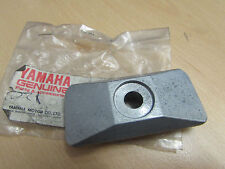YAMAHA FZR250 CHAIN ADJUSTER PLATE 3LN-22174-00 NEW OLD STOCK