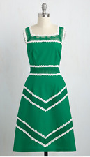 NWOT Modcloth Bucolic Beauty Dress (Fits XS) Kelly Green A-line Vintage Inspired