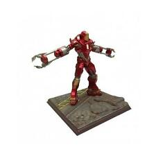 Iron Man 3 Battlefield Coll. Figurine Mark 35 Disaster Rescue Suit Red Snapper