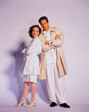 David Duchovny & Gillian Anderson (30447) 8x10 Photo