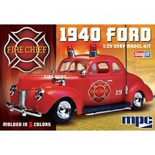 MPC The Fire Chief 1940 Ford Coupe  Plastic Model  SNAP KIT 1/25