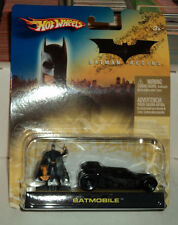 Hot Wheels batmobile & Figure Batman Begins DC Comics