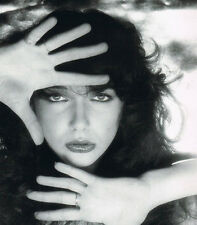 Kate Bush 10x 8 UNSIGNED photo - P816 - Wuthering Heights & Cloudbusting