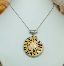 VoE Boutique Summer Dreams Pretty  Shell Pendant Ornate Bale Stainless  Necklace