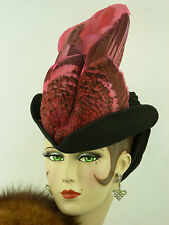 VINTAGE HAT 1940s KENETH HOPKINS ORIGINAL, BLACK FELT TILT w FRONT PLUME & SNOOD