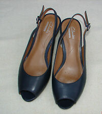 """BRIELLE APRIL""Clark's Women's/Ladies Navy Leather Sandals size 6.5 D."