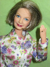 MATTEL Barbie HAPPY FAMILY Grandmother GRANDMA Mature Full Figured DOLL in Shirt