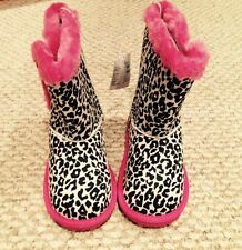 CHILDRENS PLACE NWT Chalet Animal Print Youth Slip-on Winter Boots Size 11