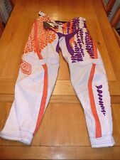 """Troy Lee Designs Girls Pants - Voodoo white - NEW - Size approx 32"""" waist"""