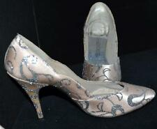 Sweet Steps Pale Pink w/ Lavender Highlights Fabric & Silver  High Heels Sz 7.5
