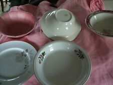 5 pieces of vintage dishes