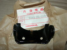 HONDA NOS C100 C102 SINGLE SEAT HINGE SUPER CUB C50 CA100 C105 77300-001-020