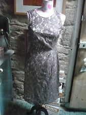 Phase Eight  ladies dress fitted elegant caramel lace over ivory  stunning 10