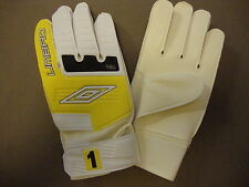 Umbro Elements Force 1 Goalkeeper Gloves - BNIB - Size 9