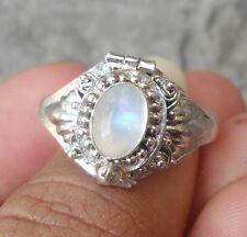 925 Solid Silver Poison/Locket Ring Rainbow Moonstone Size 9-H65