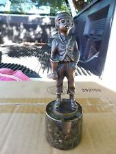 VINTAGE MINIATURE BRONZE OF  YOUNG  SHOE SHINE BOY SMOKING ON MARBLE STAND