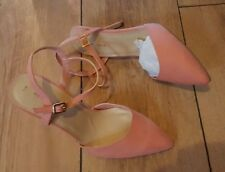 Ladies 'NEW LOOK' Pink suede strappy high heel dress shoe. Size 7. NEW.