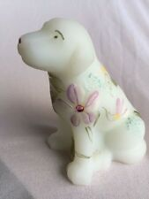 Fenton handpainted & signed art glass Lab dog figurine mint condition