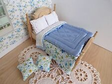 Miniature 1/12th scale dolls house BEDDING SET double bed BLUE Eiderdown