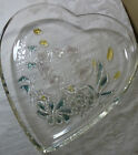 """MIKASA CRYSTAL HEART SHAPED MULTI COLOUR FLORAL DESIGN SERVING PLATE 9"""""""