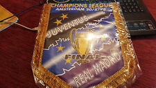 GAGLIARDETTO PENNANT JUVENTUS REAL MADRID FINALE CHAMPIONS LEAGUE 1997/98