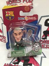 SOCCER STARZ BARCELONA TOONS VICTOR VALDES GREEN BASE SEALED IN BLISTER PACK