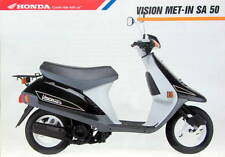 MOTO HONDA SCOOTER  VISION MET IN SA 50   PROSPECTUS 2 PAGES