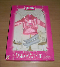 Barbie Fashion Avenue Mattel 1996 Boutique Pink Suit Outfit That Fits Barbie