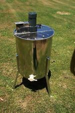 Honey Extractor Electric 4 Frame Variable Speed