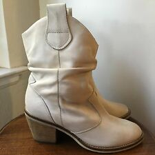 "Aldo Depriest White Leather Cowboy Boots 2.5"" High Heels Women's Size 36"