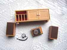 TOMY SMALLER HOMES DOLLHOUSE FURNITURE 1:16:CABINET&STEREO+HEADPHONES&SPEAKERS