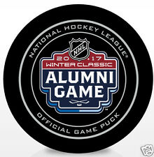 NHL 2017 WINTER CLASSIC OFFICIAL ALUMNI GAME PUCK BLUES & CHICAGO BLACKHAWKS