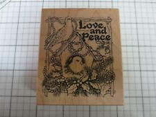 New PSX G-2120 Christmas stamp Love & Peace  Birds Birdhouse USA 1997