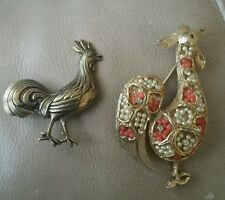 Lot 2 LARGE & SMALL VINTAGE CRYSTAL RHINESTONE & GOLD ROOSTER BROOCH PIN JEWELRY