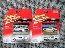 1971 CHEVY CAMARO RS/Z28 & 1967 CAMARO HARDTOP  JOHNNY LIGHTNING CAMARO SS  1:64