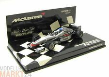 MINICHAMPS McLaren Mercedes Benz MP4-98T in schwarz silber Modell in 1:43 - OVP