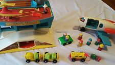 Vintage 1972 Fisher Price Little People Family Airport Play set #996  incomplete